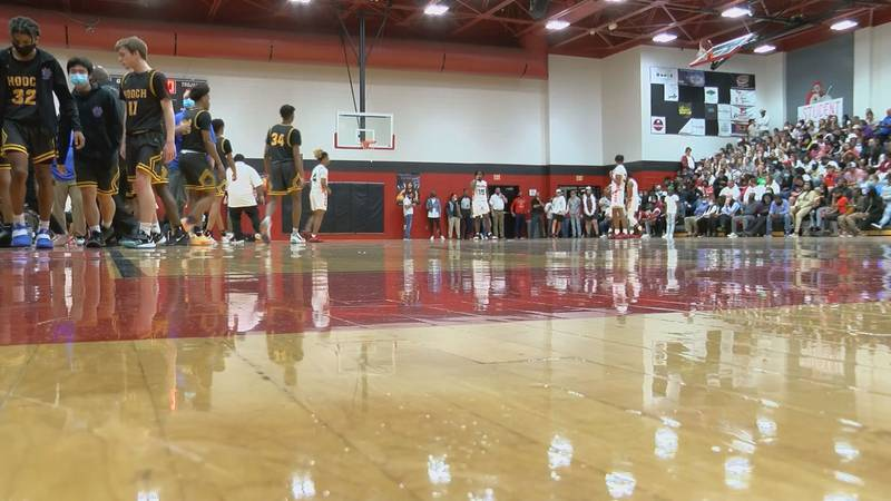 Lee County Boy's basketball hosting Chattahoochie in the Elite Eight (Source: WALB)