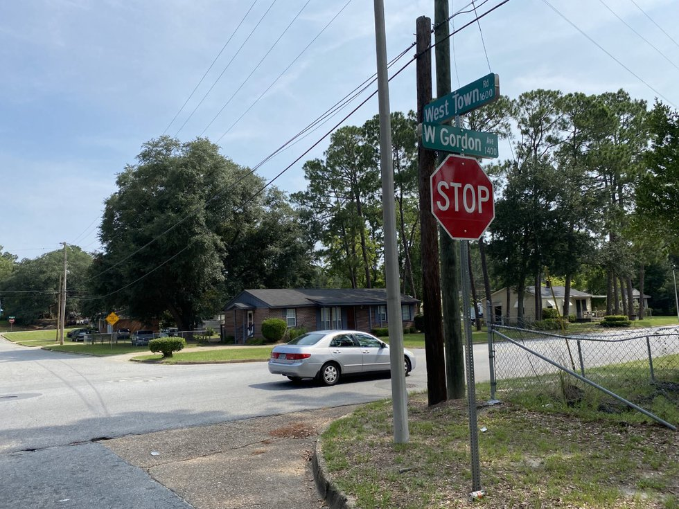 The shooting happened in the 1500 block of West Gordon Avenue.