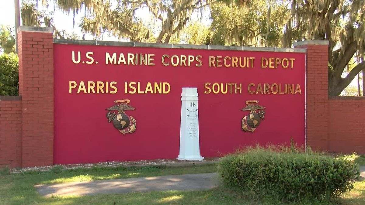 South Carolina lawmakers look to shore up Parris Island's future