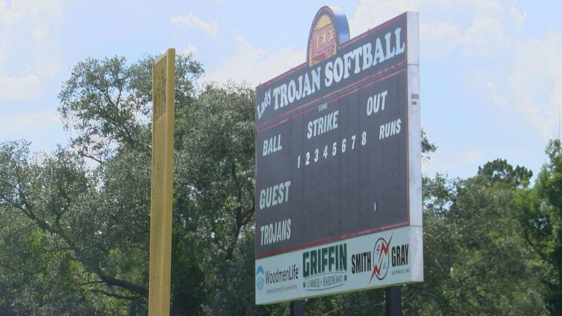 Lee County Softball Raises New Scoreboard