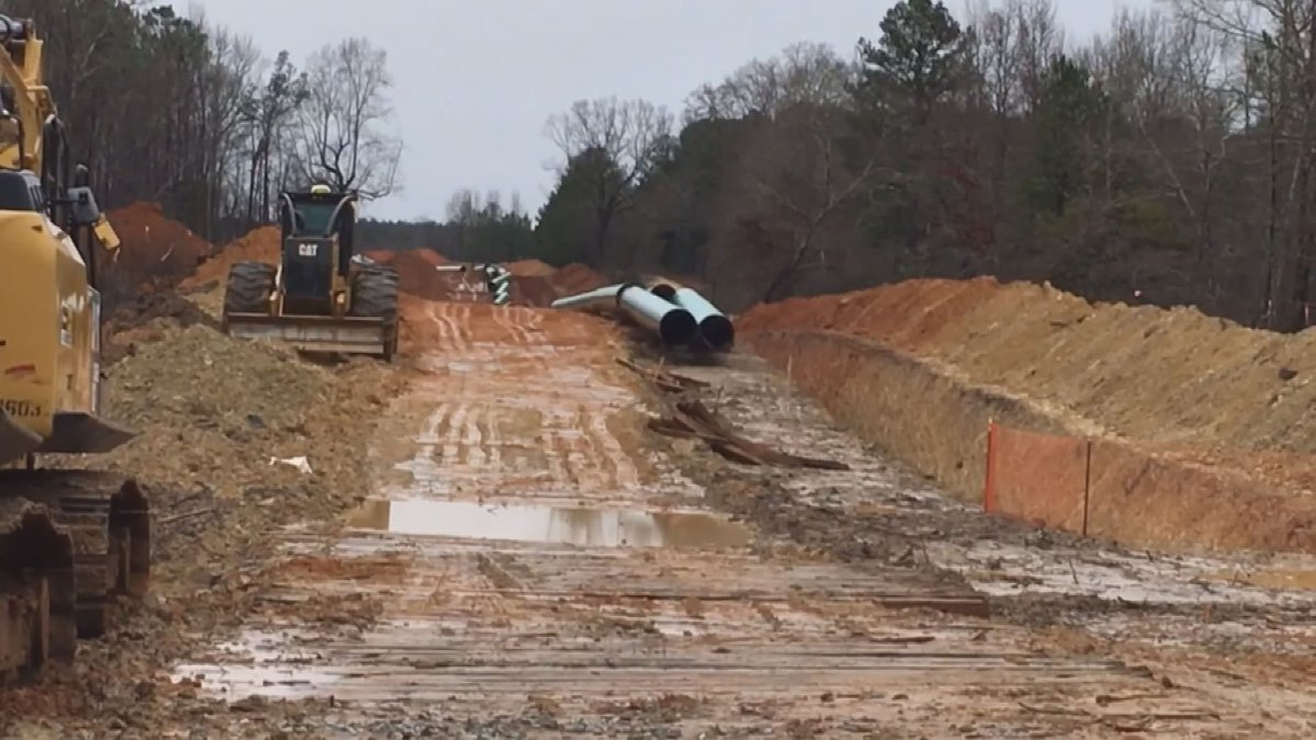Sabal Trail pipeline under construction in Dougherty County. (Source: WALB)
