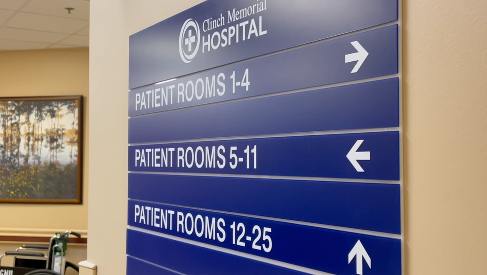 Clinch Memorial Hospital offers rehab services.