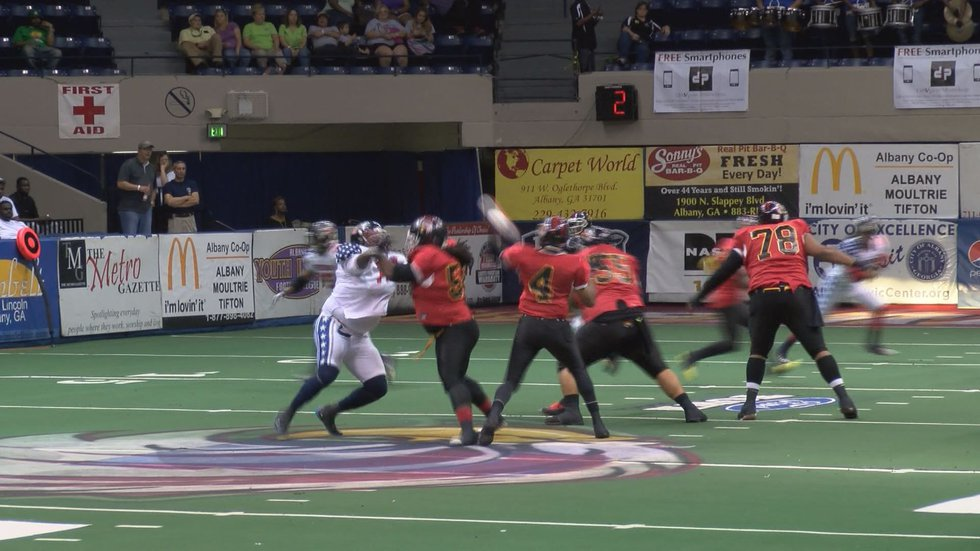 The Firebirds came back from down 18 in the first quarter (Source: WALB)