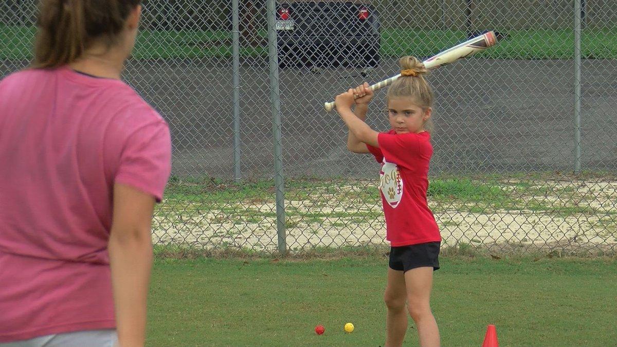 Thomasville Softball Hosts Kids Camp