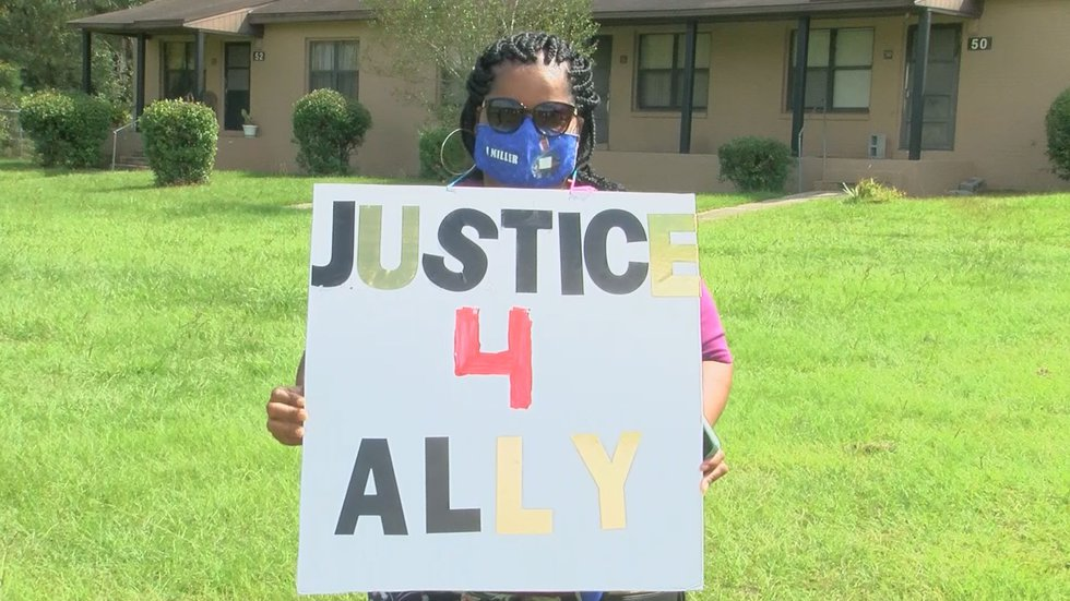 The Tifton community is rallying together for justice for Ally Johnson.