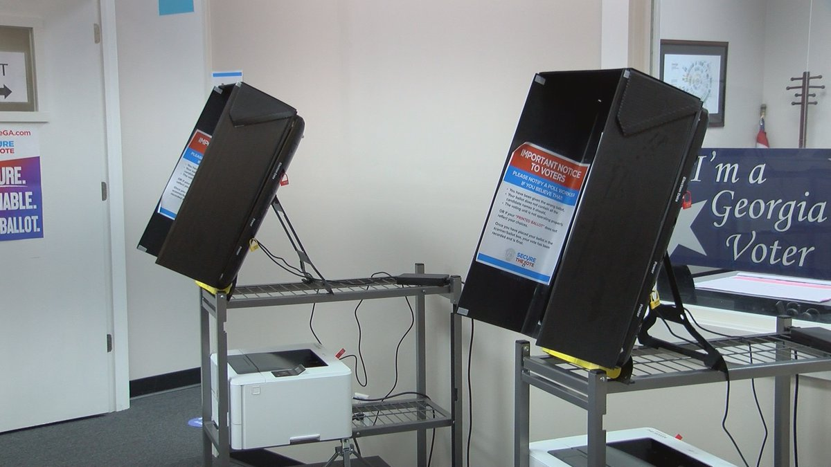 Advanced voting kicks off on Monday at the Elections Office located on Starksville Avenue.
