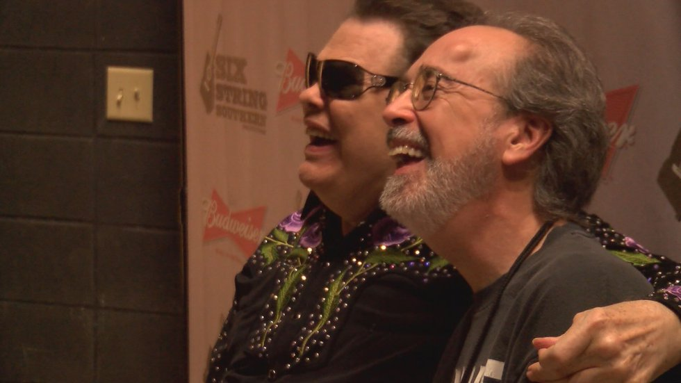 Milsap enjoyed laughs with his fans before the concert (Source: WALB)