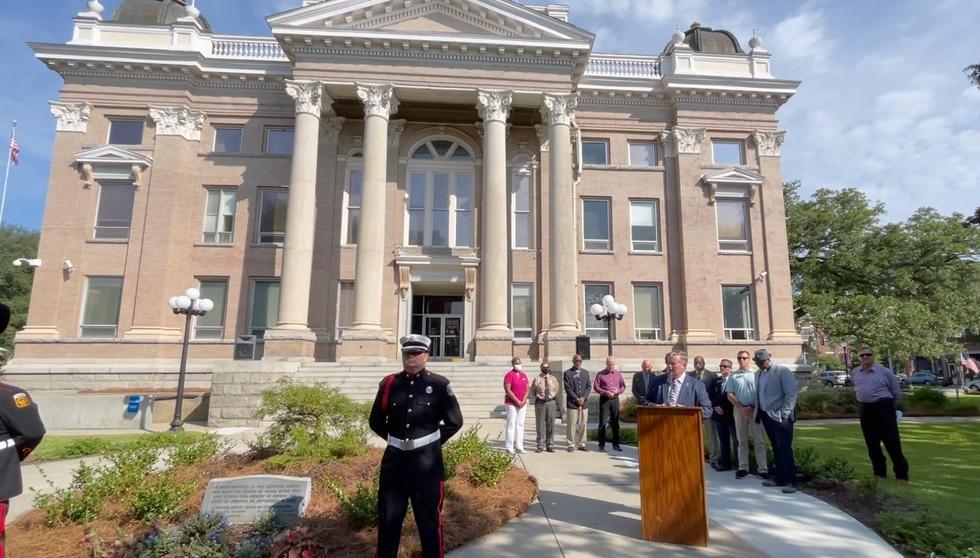 Valdosta and Lowndes County host 911 memorial ceremony.