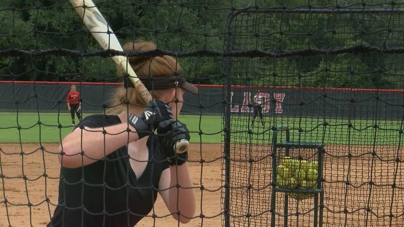 One Trojan takes BP during practice