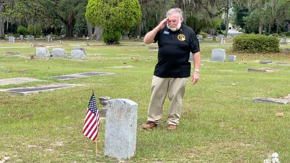 Stephen from American Legion at Sunset Hill Cemetery on Memorial Day.